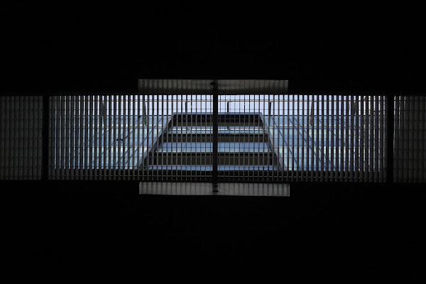Uno sguardo alternativo della città (The city photographed by the subcity) di -Os-