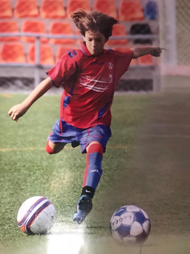 Álex Baena cuando era un niño.