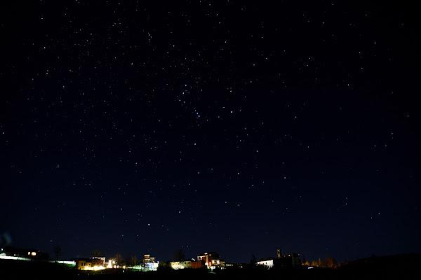 Orione sul borgo di dadoo