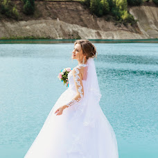 Wedding photographer Alena Rumyanceva (Binary). Photo of 24.10.2017