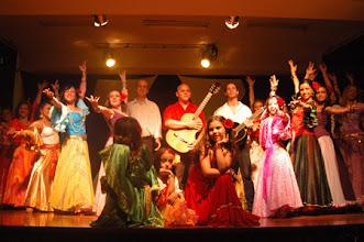Photo: Final da Apresentação de Dança Cigana