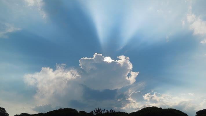 Illuminazione divina di Agocentrico