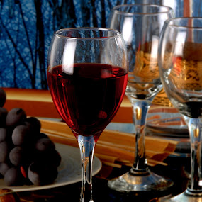 Red wine by Genesis Carabeo - Food & Drink Alcohol & Drinks ( wine, stemware, glass )