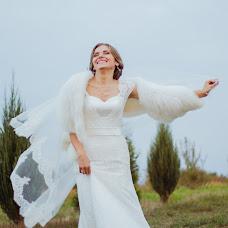Wedding photographer Khristina Nedilska (Kris888). Photo of 22.09.2015