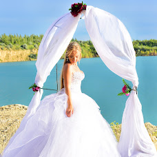 Wedding photographer Irina Zakharikova (irinazakharikova). Photo of 02.08.2015