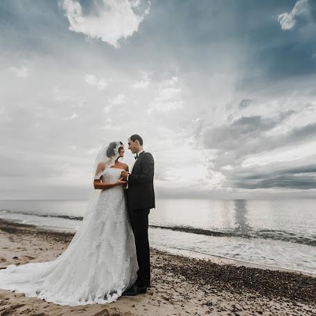 Wedding photographer Sergey Torgashinov (torgashinov). Photo of 12.12.2017