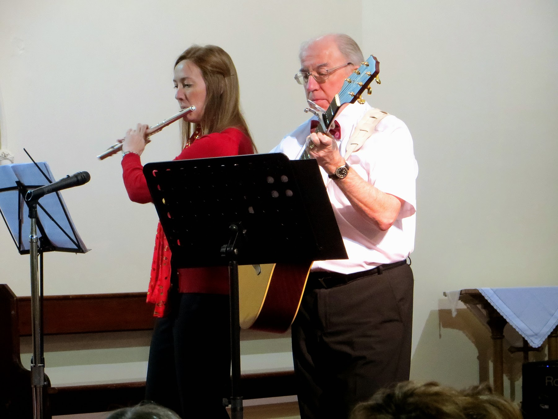 Photo: HEATHER & TONY performed The Streets of London, Mistletoe and Wine, Green Fields of France and Saviour's Day