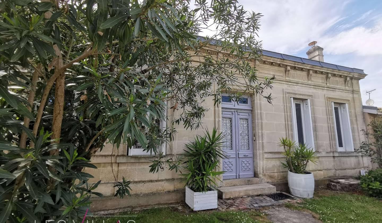 Maison avec terrasse Le Haillan