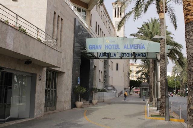 El Gran Hotel Almería reabrió sus puertas el 15 de septiembre de 2018.