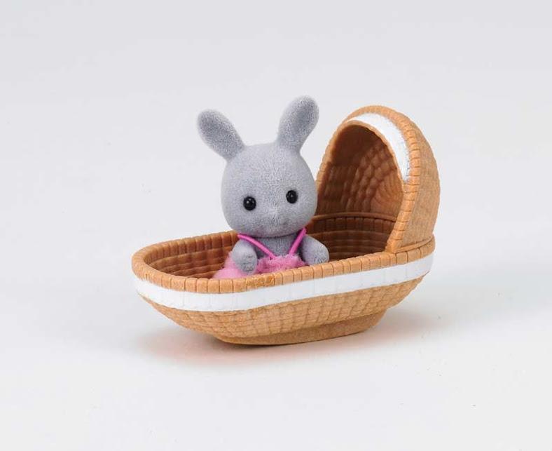 Contenido real de Bebé Conejo con Moises