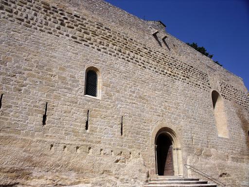 photo de église d'Ansouis