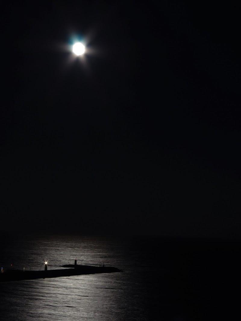 luci nella notte nera di malte