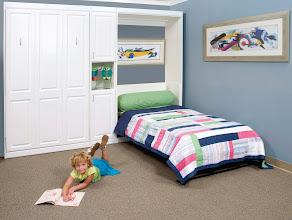 Photo: Kid's room Metropolitan panel bed