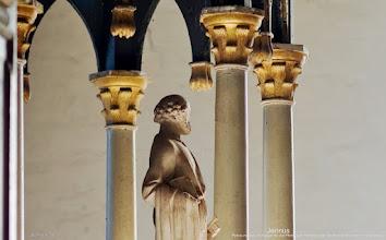 Photo: Petrus mit dem Schlüssel für die Pforte zum Himmel in der Dorfkirche Wiendorf im Warnowtal