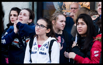 Photo: The moment the view - School girls from California in Munich