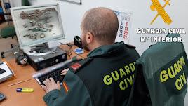 La Guardia Civil detuvo a la mujer que robó las joyas.
