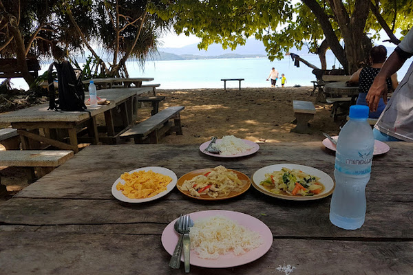 Enjoy Thai style lunch at the beach