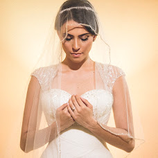 Wedding photographer Kike y Kathe (kkestudios). Photo of 25.10.2015
