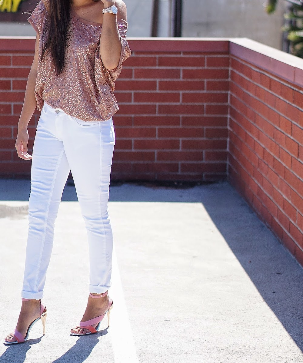white jeans with sequins tops_image