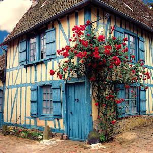 Gerberoy - La maison bleue.jpg