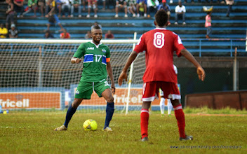 Photo: Captain Umara 'Zingalay' Bangura  [Leone Stars v Seychelles, Freetown, 19 July 2014 (Pic: Darren McKinstry)]