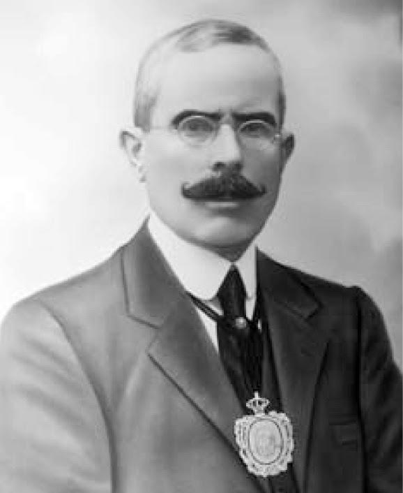 entre 1922 y 1931 y diputado