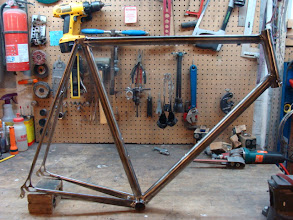 Photo: Finished frame, Chris will be most likely running an ENVE carbon fork with this one.