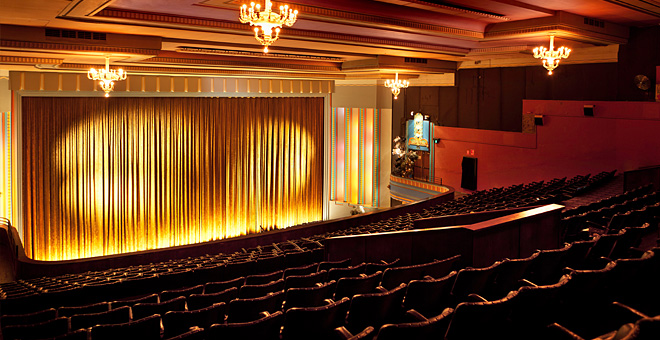 100 things to do in melbourne with kids astor theatre