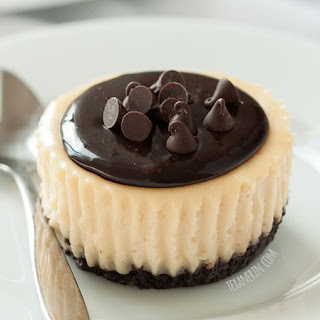 Mini Irish Cream Cheesecakes (gluten-free, grain-free, 100% whole grain options)