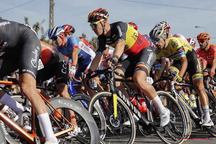 Tim Merlier en twee andere landgenoten in top tien in Parijs-Chauny, Turgis rondt sprint met drie af