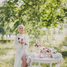 Wedding photographer Svetlana Malysheva (SvetLaY). Photo of 18.04.2015