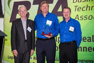 Photo: Mike Ehlers (center) receives the 2015 Volunteer of the Year award from 2014-15 BTA President-Elect Dave Quint (left) and 2014-15 BTA President Ron Hulett (right).