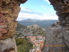 Photo: Chateau St Pierre et la Vilasse depuis Castel Sabarda