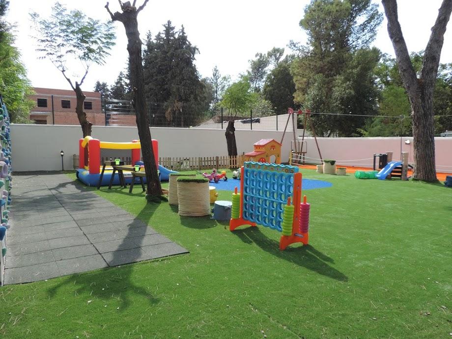 Foto La Terraza de EduCastle 3