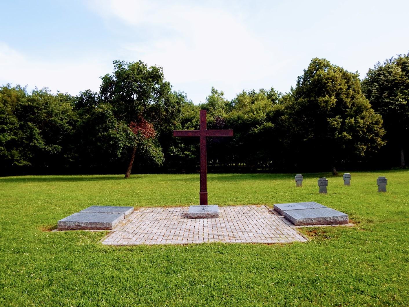 Német emlékkereszt a Jáki úti köztemetőben