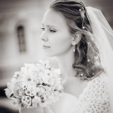 Wedding photographer Irina Mironova (IrisM). Photo of 13.12.2012