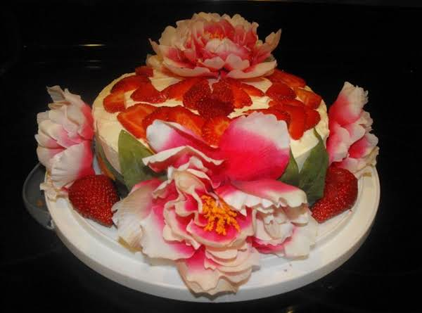 Strawberry Cake For A Queen Recipe