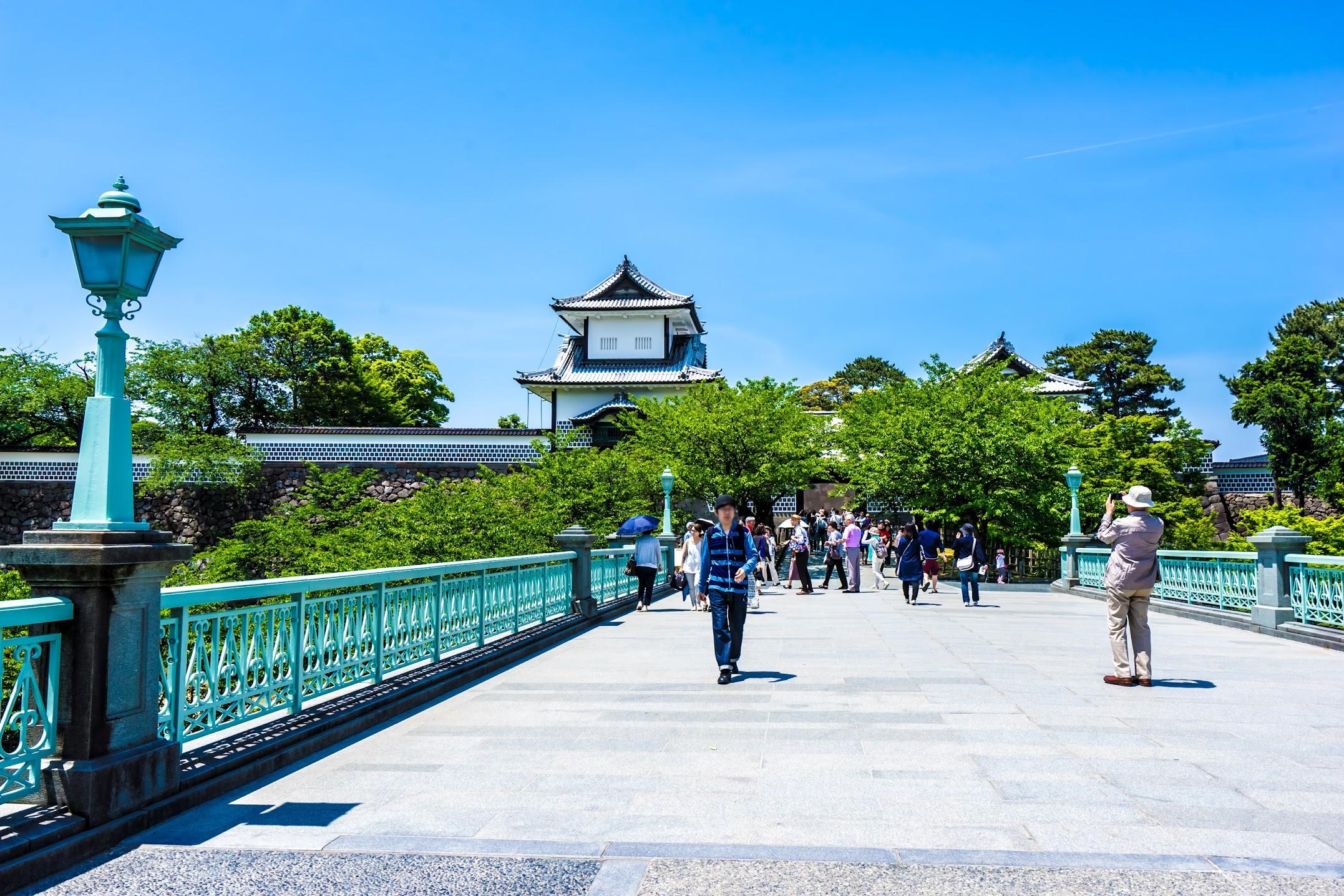 金沢城公園 石川門1