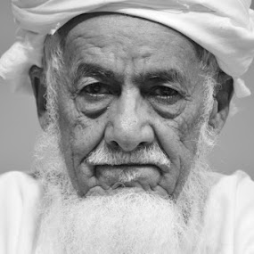 Omani Elderly Man by Irma Andriani - People Portraits of Men