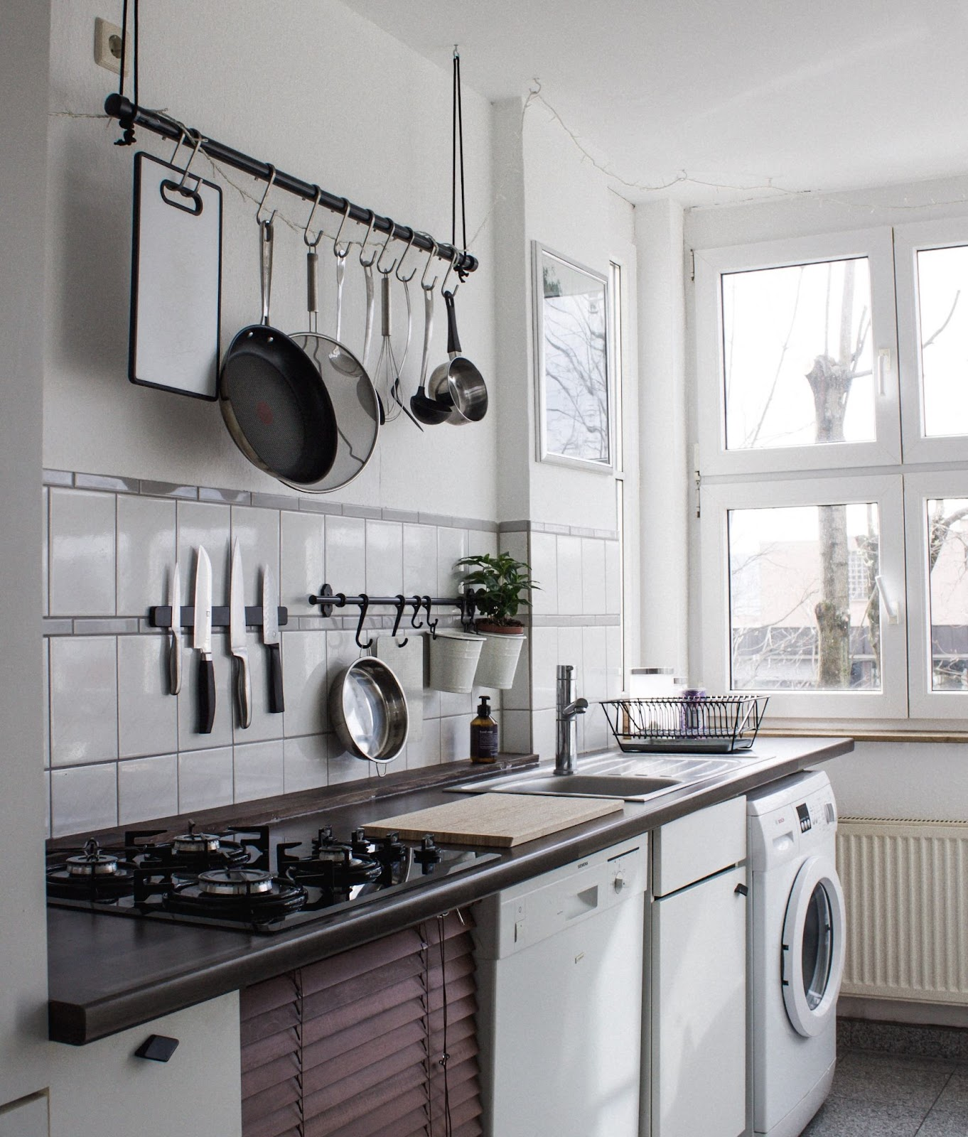 do less housework - keep surfaces clear