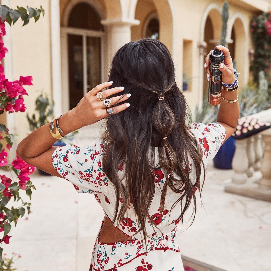 xịt giữ nếp tóc