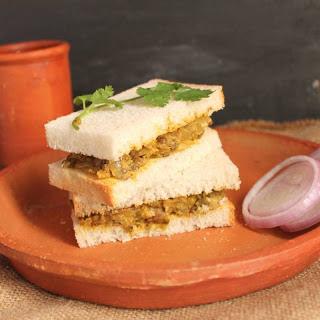 Masala Mixed Sprouts Sandwich.