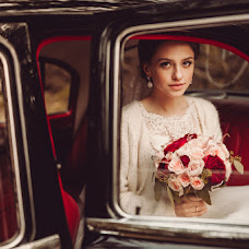 Wedding photographer Aleksandr Yurchik (AlVik). Photo of 19.12.2015
