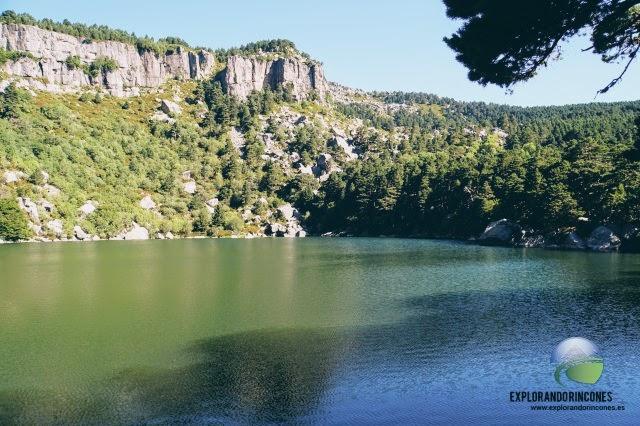 Laguna Negra Picos de Urbión nacimiento río duero