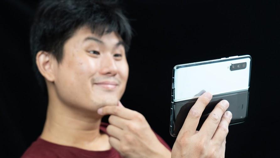 螢幕維修 NT$17150!? 三星 Galaxy Fold 開箱體驗