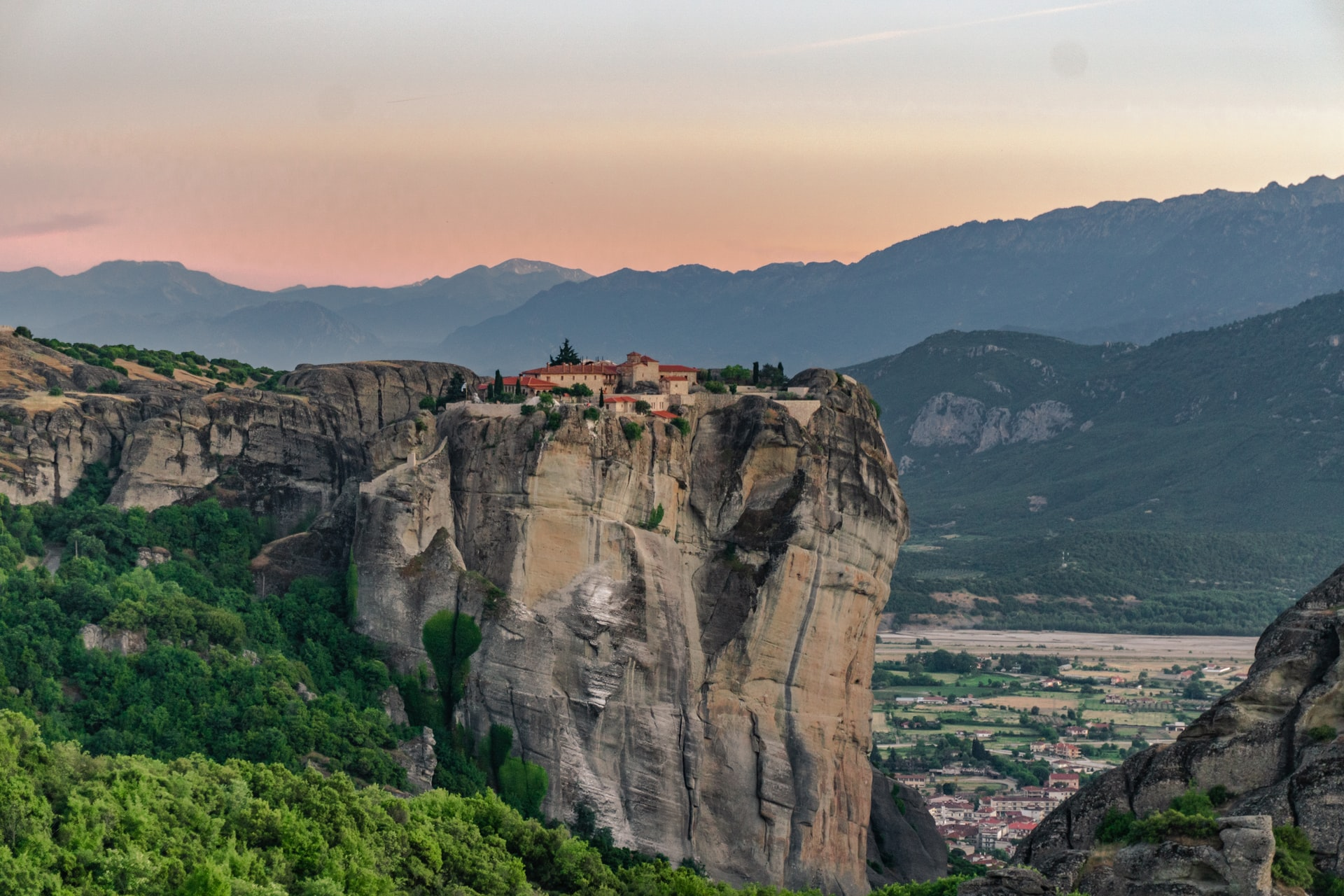 monasteries in greece