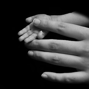 by Lisa Raith - People Body Parts ( mother, hands, baby, newborn )