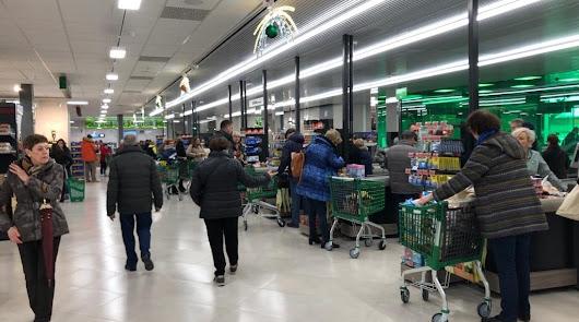 Mercadona oferta puestos de trabajo en catorce localidades de Almería