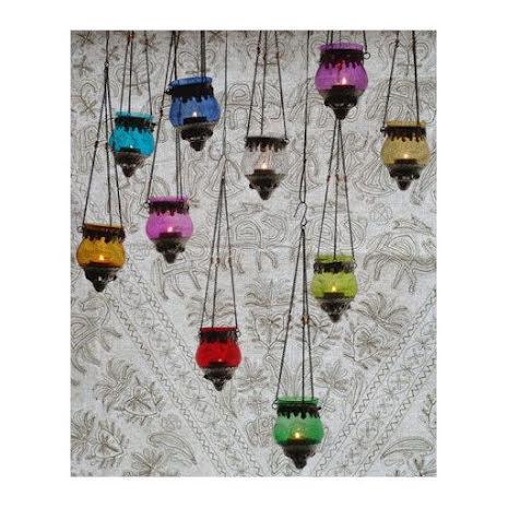Hanging T-lightholder