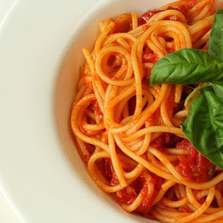 Simple Fresh Tomato Sauce Recipe